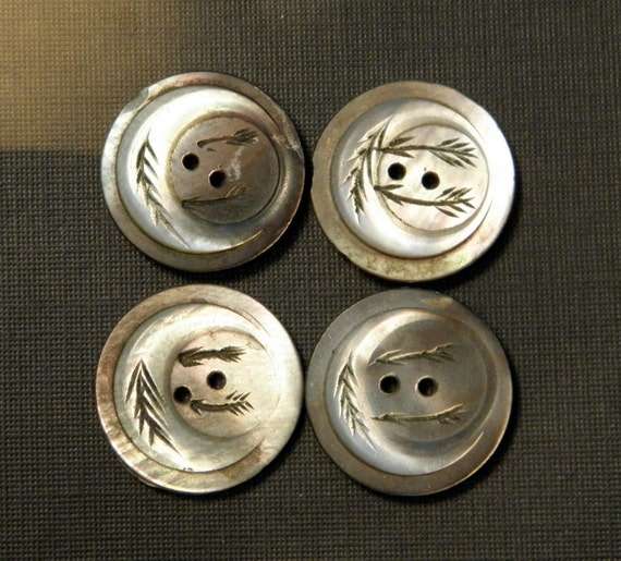 Vintage Mother of Pearl Buttons Moon Design