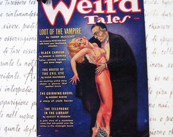 Vampire Halloween Tags