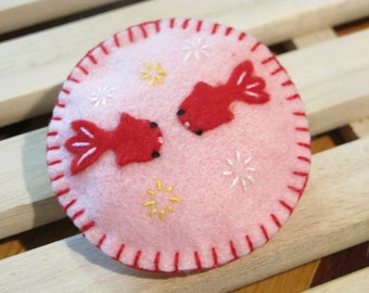 Happy Goldfishes in Cherry Blossom Pond Felt Magnet, Felt Pin Cushion, Felt Fish, Felt Goldfish, Felt Toy, Cute Gift, Christmas Gift