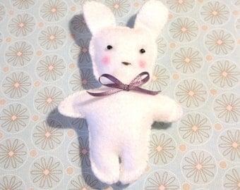 Felt White Bunny Doll, Felt Rabbit Doll, Christmas Ornament, Cute Bunny Doll, Felt Toy, Easter Bunny, Christmas Gift, Gift for kid, Kid Toy