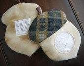 Acorn I Spy Bag - get ready for fall with this woodland acorn with plaid cap