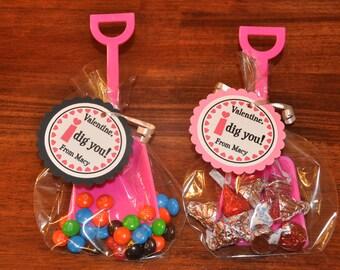 valentines day favors hot pink shovels favor