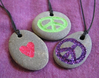 Necklace pendant stone Peace and Love