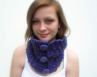 Purple Handknit Cowl with Buttons. Bright Plum, Amethyst. Textured Cowl. Soft and Cozy.