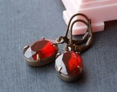 vintage glam earrings - garnet