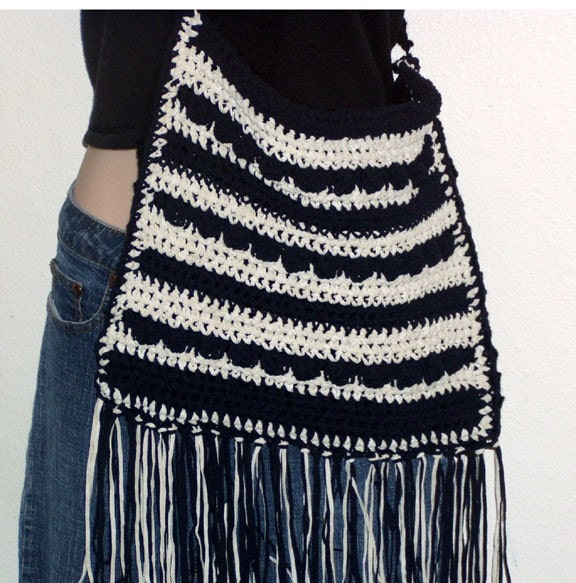 Crochet Tassel Bag : Hobo Purse and Hippie Fringe Bag Crochet Patterns by dianelangan