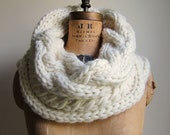 Oversized Cable knit cowl Cream. Ivory. Infinity scarf. Handmade knitwear. Cable fashion scarf.