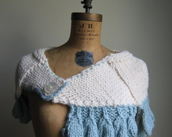 Cyber Monday SALE Cream knit capelet.  Seafoam. Ivory. Shoulder warmer. Bridal. Winter whte. Etsy gifts for her. Handmade knitwear.