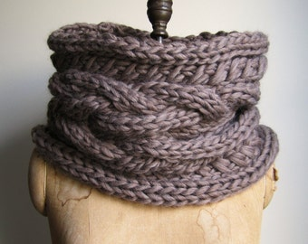 Oversized Cable knit cowl Walnut. Infinity scarf Brown.