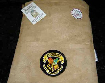 Hogwarts Crest Logo, iPad, eReader, Tablet, Comic, Magazine, Bag-Sleeve (etsy)