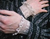 Men's Lace Cuffs \/ A Fop and a Dandy