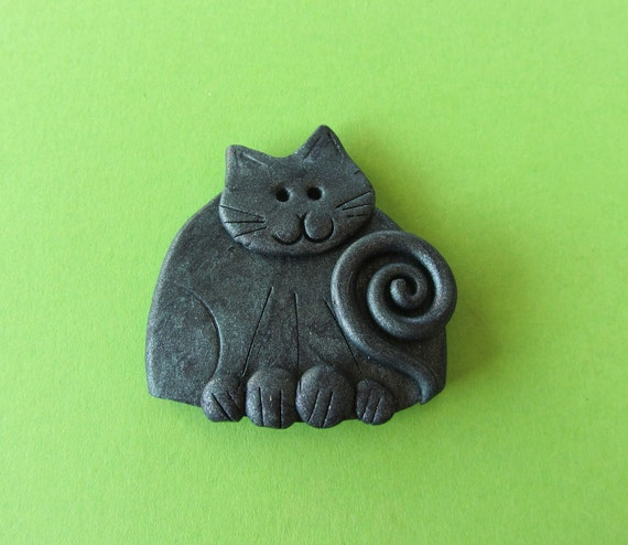 Fimo Polymer Clay dark Green Cat Brooch pin or magnet