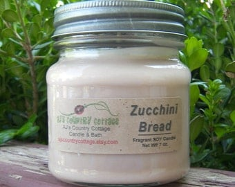 ZUCCHINI BREAD SOY Candle - Highly Scented