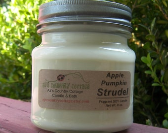 APPLE PUMPKIN STRUDEL SoY Candle - Highly Scented