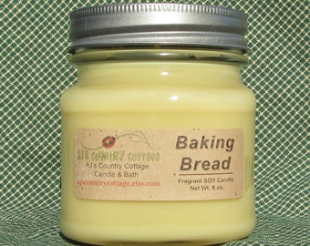 BAKING BREAD SOY Candle - Highly Scented - Fresh Baked Homemade Bread