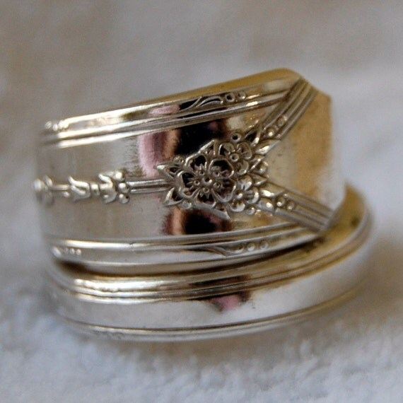 Spoon Ring Modern Floral Silver - Size 9 Adj by me