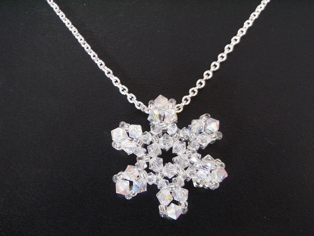 beaded snowflake charm v2 tutorial twr025