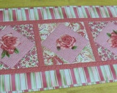 Rose Table Runner and hotpad