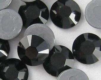 72 - 20SS Swarovski Elements Hotfix Rhinestones JET 532606