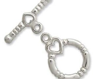 Silver Plate Heart Toggle Clasp (3) 36205