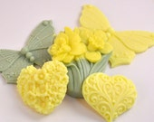 Daffodil and Butterflies Soap Gift Set