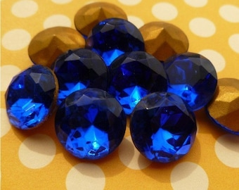 Six Vintage 15mm Sapphire Glass Rhinestone Jewels (21-9F-6)