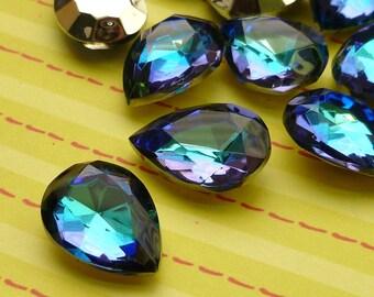 18x13mm Bermuda Blue Pear Glass Rhinestone Jewels (28-15F-2)