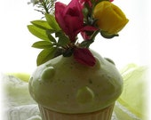 Valentines Bud Vase Pencil Holder Teachers Gift Mothers Day Gift Cupcake Bud Vase Kiwi Green