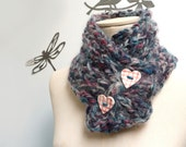 Bulky knit cowl in blue, teal and burgundy hues with ceramic heart buttons - Chunky scarflette - LOVE BUG