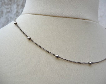 Vintage 1970s silvered chain necklace