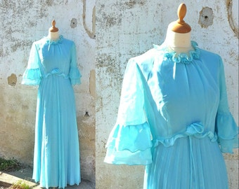 1960s Mod dress chiffon soft blue pleated size S