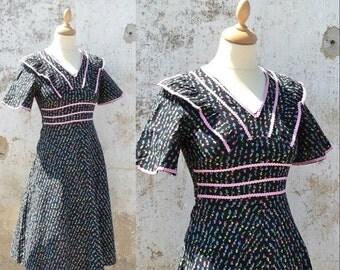 Vintage 1970s /1980s Prairie dress Petites fleurettes country size XS