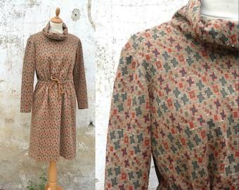 Vintage 1970s/70s dress  jersey dress geometrical pattern size S/M