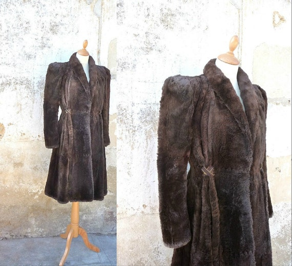 1940s sheared beaver FUR COAT schoulders padded tight waist Size XS/S