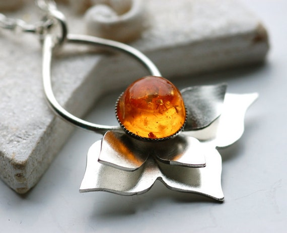 CYBER MONDAY SALE 20% Off Silver Lotus Necklace,Botanical Silver Necklace,Amber Necklace,Christmas Idea , Gift for a Friend, Flower Necklace