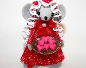 Valentine Heart Baker Mouse-Ornament  Felt Mice Gifts for Animal Lovers and collectors  by Warmth