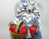 Strawberry Gal Mouse..one of the cute felt mice from Warmth