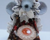 Felt Mice Pie Baker Thanksgiving Mouse Gray Felt Animal Fall Decor Whimsical Hostess Gift by Warmth