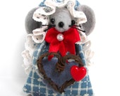 Valentine Felt Mouse w/Grapevine Heart Wreath cute gift for animal lovers and collectors by Warmth