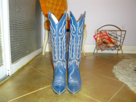 Exquisite Vintage 70's Blue leather Knee High Western boots  SIZE 7.5US