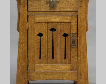 ARTS and CRAFTS, Mission, Mackintosh  Keyhole End Table or Nightstand