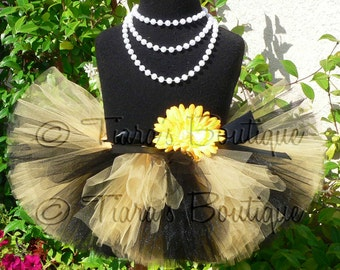 Halloween Tutu - Black Yellow Bee Tutu - Blushing Bumble Bee Tutu - Custom Sewn 6'' Infant Tutu, Newborn Tutu, Baby Tutu, Toddler Tutu