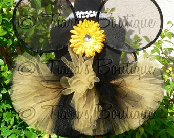Blushing Bumble Bee - Custom Tutu and Wings Set - Handmade Infant Bee Wings and a 6'' Black and Yellow Tutu - newborn to 12 months