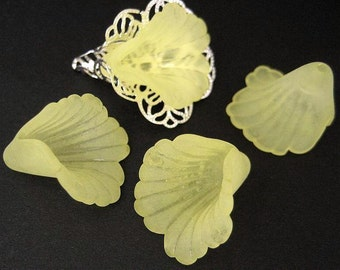 10pcs yellow Lucite Frosted Iris Flower Beads
