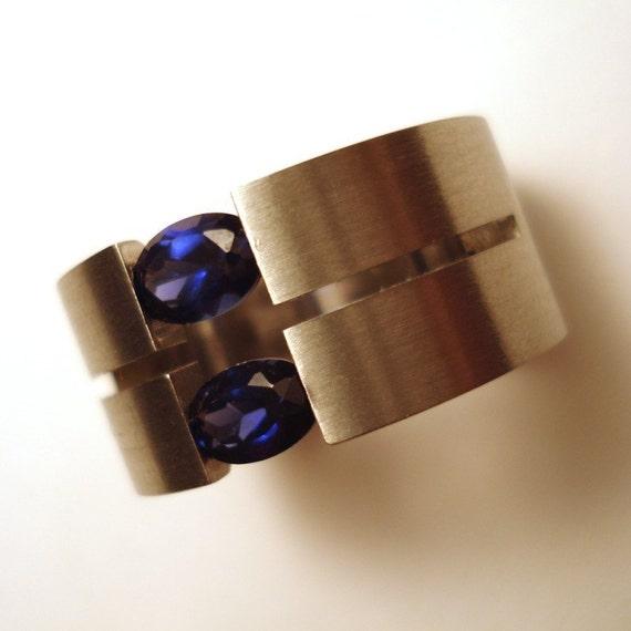 split blue