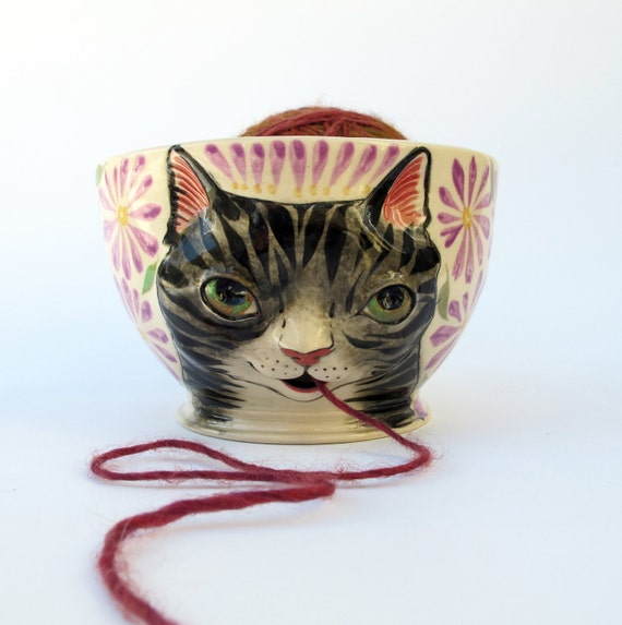 Gray Tabby Cat Yarn Bowl  - Knitting bowl