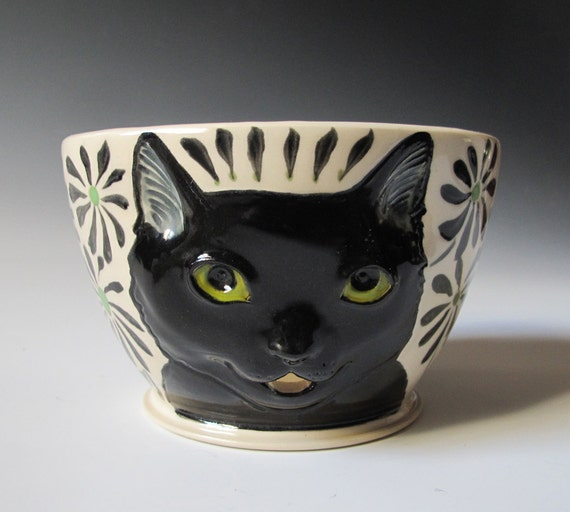 Black Cat Yarn Bowl - sculpted kitty with black flowers