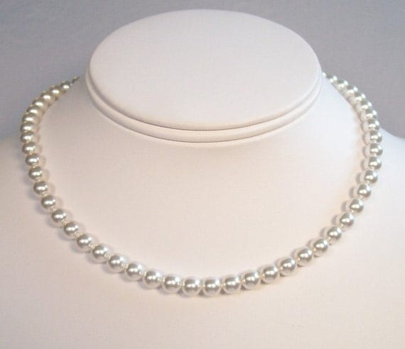 Single Strand White Pearl Necklace 30 Pearl Color Options