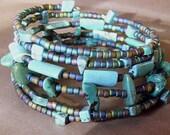 Stunning turquoise bracelet --- Six strand memory wire