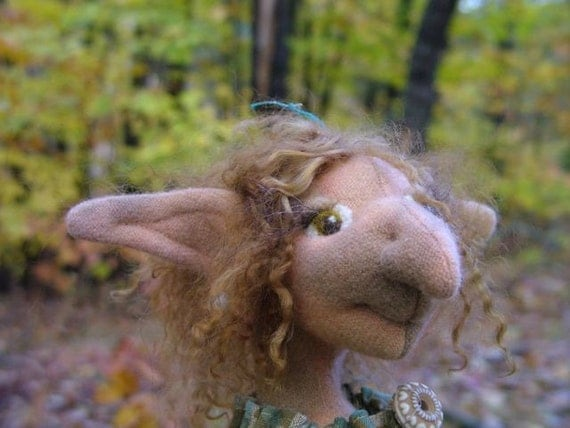 Garnett Ganderfoot, an original Goblin art doll